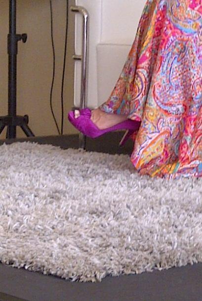 El calzado de Paloma llamó la atención. Gusta de los colores llamativos...
