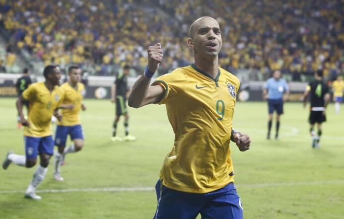 Calificamos a los jugadores del Brasil vs. México GTardelli.jpg