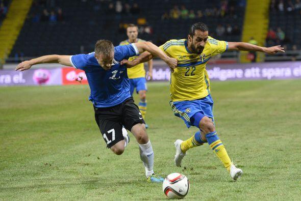 Suecia ganó 2-0 a Estonia.