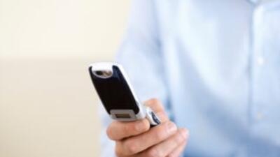 El IFT determinó que la empresa deberá desbloquear celulares.