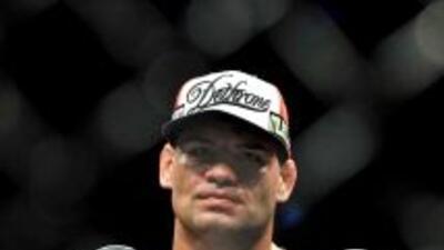 El mexicano Caín Velásquez, campeón de los pesos completos de la UFC.