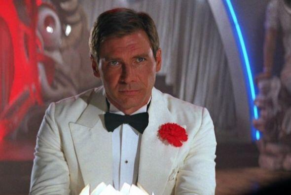 Así que gran parte de la cinta es filmada por este doble, y Harrison nad...