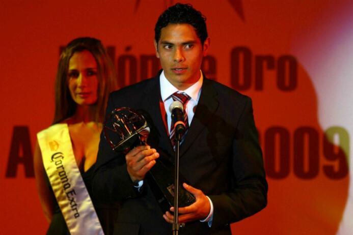 Raúl Nava fue quien obtuvo el galardón al Novato del Apertura 2009, juga...