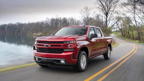 La Silverado RST 2019 será una de los dos versiones de la pickup...