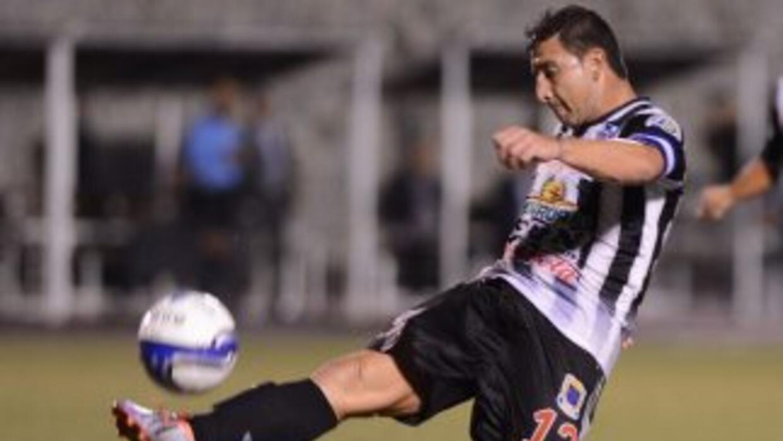 Heredia goleó 4-0 en su casa al Halcones que no pudo oponer resistencia...