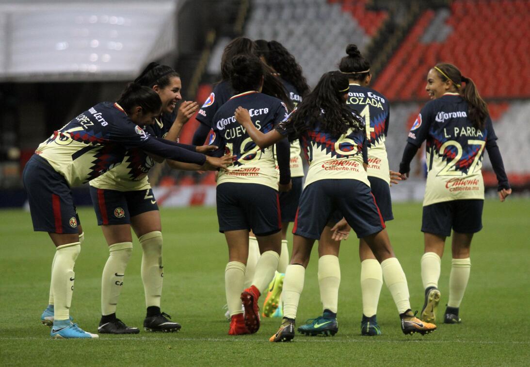 En Fotos: América le 'arrancó' los colores a Cruz Azul en la Liga MX Fem...
