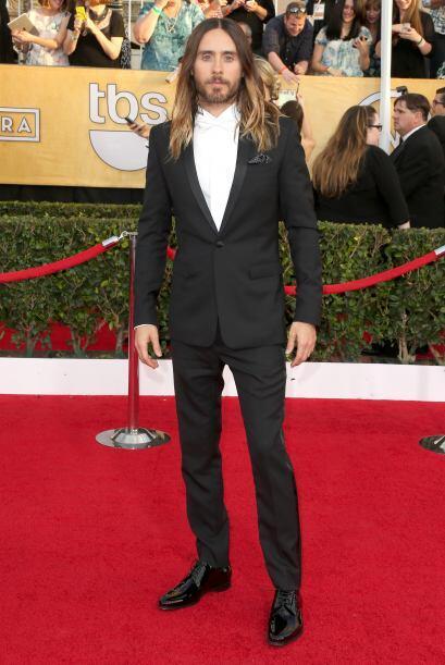 El 'look' de Jared Leto no hubiera estado tan mal, de no ser por esas ho...