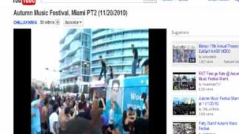 Varios videos difundidos por YouTube muestran el disturbio en la Biscayn...