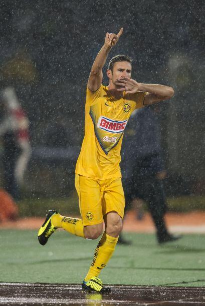 Layún disputó 19 partidos con las Águilas en el Apertura 2013 en donde c...