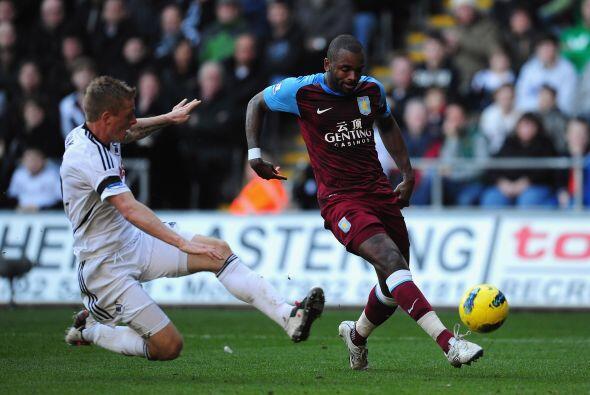 En el otro duelo del día, Swansea City recibió al Aston Villa.