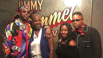 Jimmy Kimmel Live backstage with 2 Chainz, YG and their moms