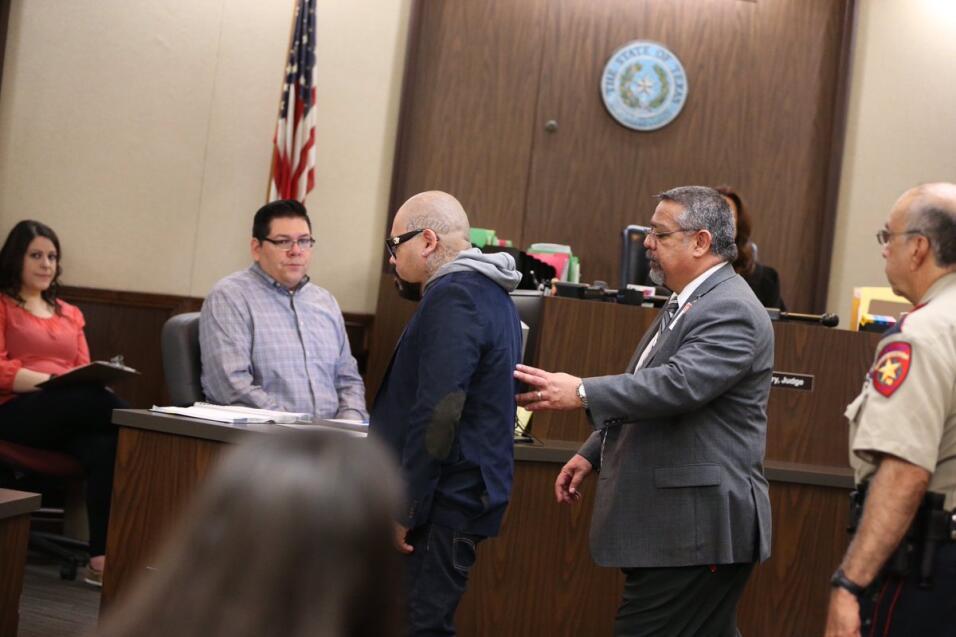 A.B. Quintanilla en el juzgado