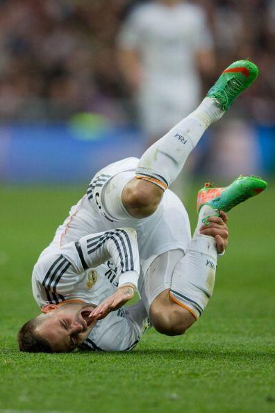 Benzema, no tuvo su mejor día de cara al gol aunque lo intentó.