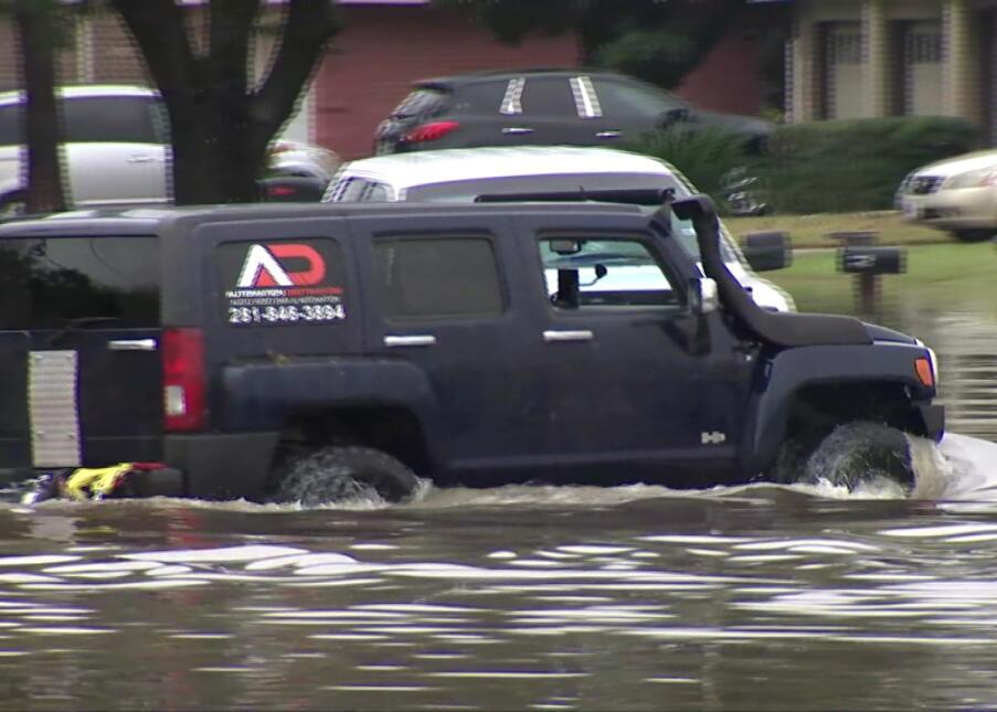 Registro fotográfico de las inundaciones en Houston y áreas aledañas tra...