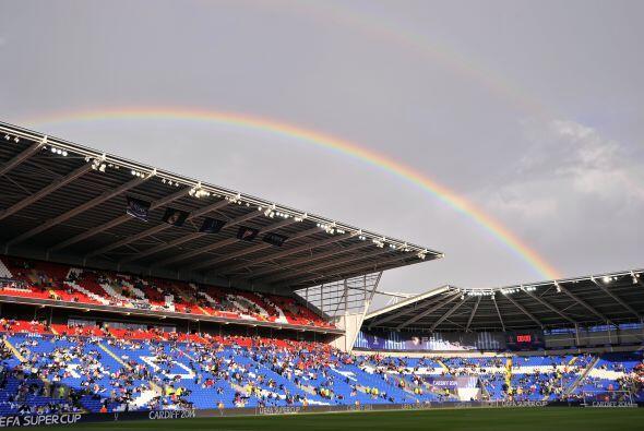 El estadio lucía perfecto para la gran cita y definir al campeón de la S...
