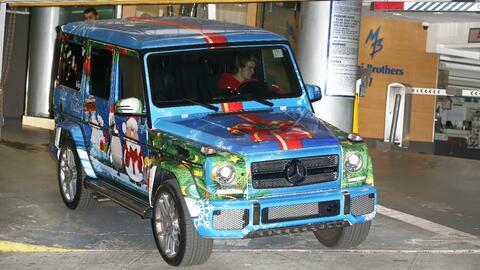 Justin Bieber decora su camioneta para Navidad