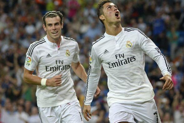 Cristiano Ronaldo cobró potente a la izquierda del arquero Herrera para...