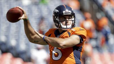 Arrestan a quarterback de los Denver Broncos por meterse a una casa sin permiso