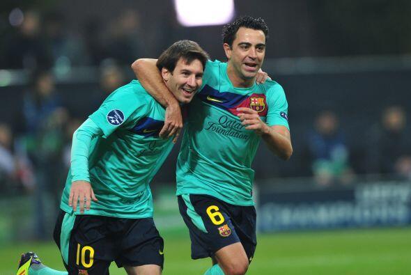 Messi volvió a asistir a Xavi para dejarlo en mano a mano con el portero...