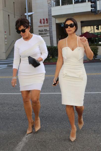 Por lo pronto, Kim y Kanye ya repartieron la invitación y en ella han di...