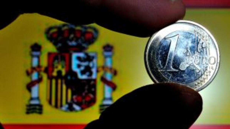 La calificación BBB tiene en cuenta la expectativa de Fitch de que Españ...