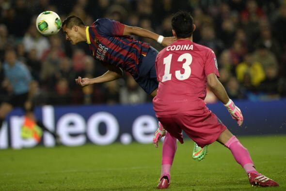 Sin embargo, el dominio barcelonista no se capitalizaba en más goles.