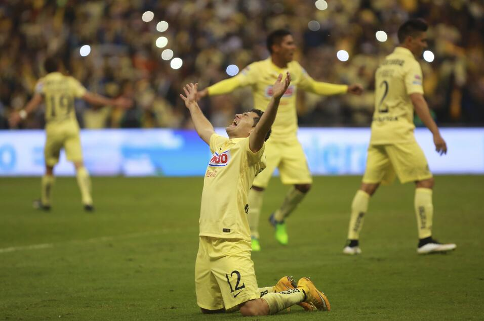 Cruz Azul estaría cerca de firmar a Raúl Ruidíaz America Apertura 2014.jpg