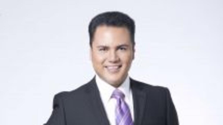 Aureliano Salgado presentador de Entretenimiento