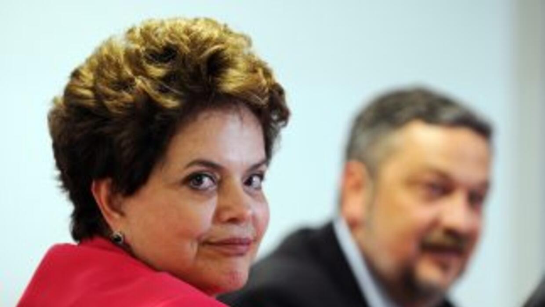 La Fiscalía de Brasil analiza el contenido de mensajes colocados en la r...