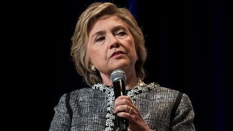 """""""Apártate, adefesio"""": Hillary Clinton revela qué piensa de Trump en su l..."""