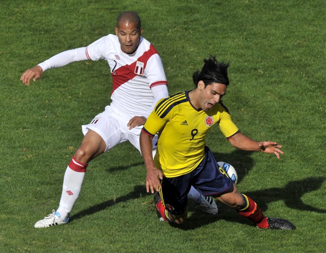 Radamel Falcao y Luis Suárez, los goleadores que cumplen una década con...