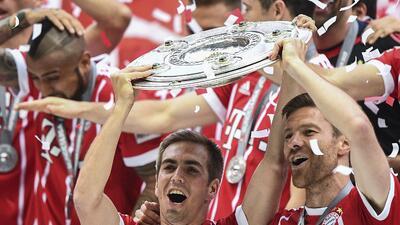 El adiós de Xabi Alonso y Philipp Lahm, fiesta y melancolía en el título del Bayern Munich