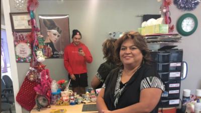 Lilia Castellanos, la peluquera de San Antonio, que gracias a un tuit de...
