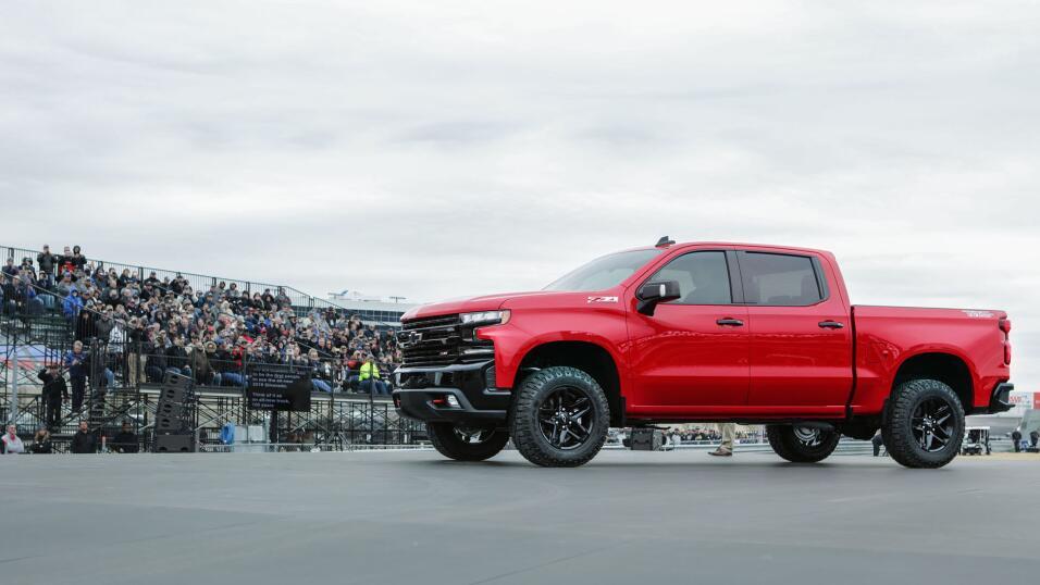 Chevrolet adelanta imagen de la nueva Silverado 4500HD y ...