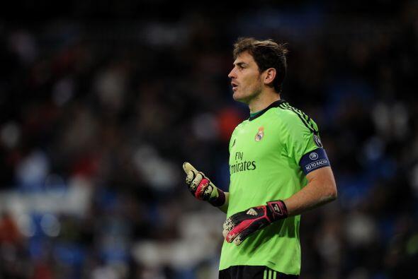El caso de Iker Casillas, que había dado a entender que podría abandonar...