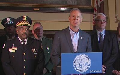 Histórica legislación ayudaría a controlar la violencia en Chicago