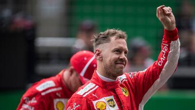 Vettel consiguió en el GP de China la 'pole' número 52 de su carrera