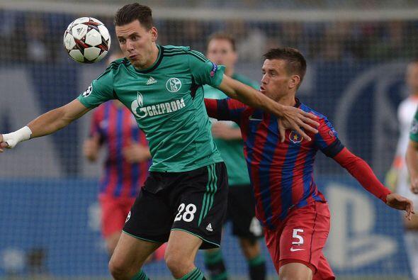 Finalmente, el Schalke 04 goleó al Steaua Bucarest por 3-0 y el Porto se...