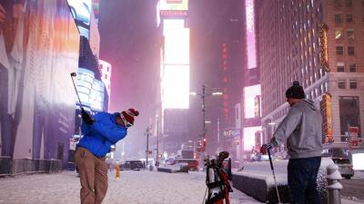 Una fuerte tormenta invernal paraliza el este del país