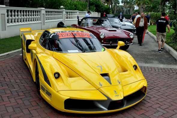 El Ferrari FXX es otra serie especial de producción limitada que ahora f...