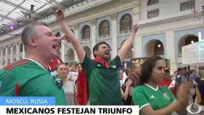 Mexicanos celebran triunfo en Moscú, Rusia