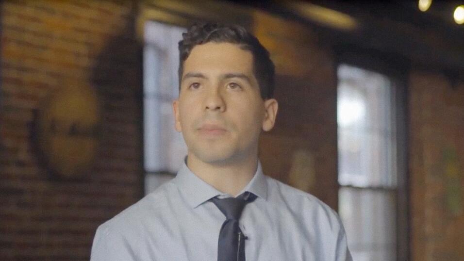 , de solo 24 años, ganó un escaño en la legislatura de Massachussetts.