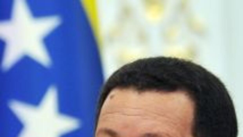 Chávez no descartó llevar a cabo la medida a favor de los clientes con c...