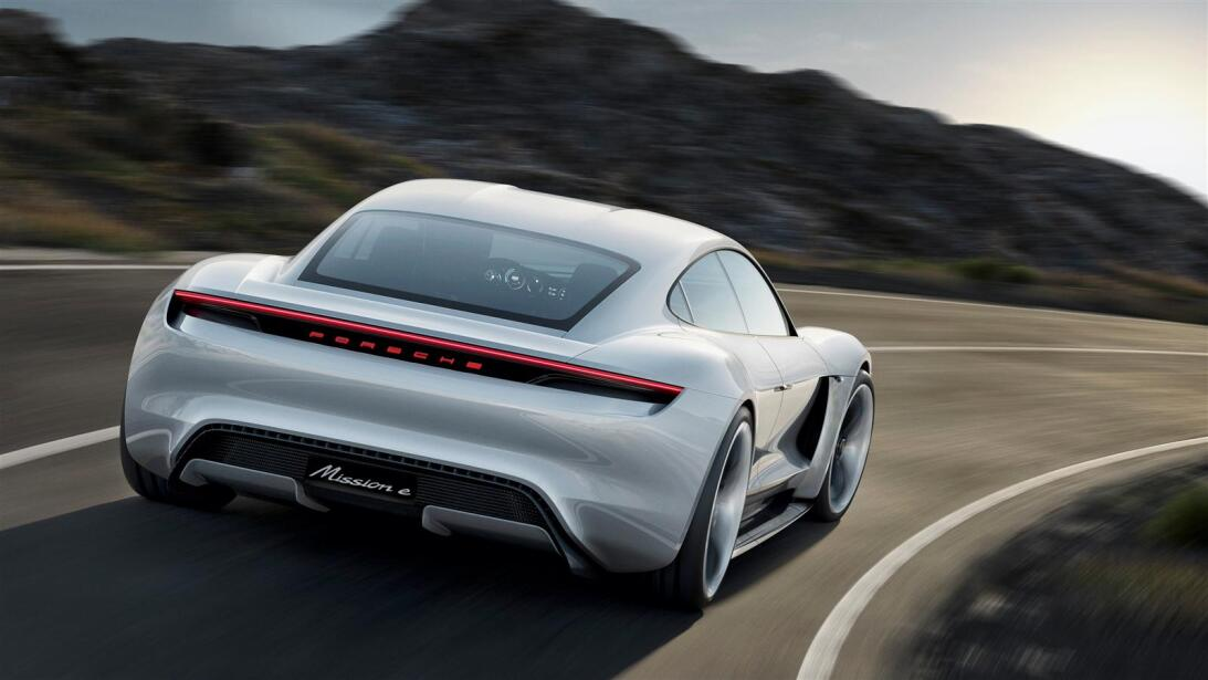 Los secretos del Mission E, el 'mata-Tesla' de Porsche porsche-zoom-2.jpg