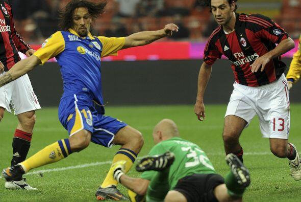 El Milan mantiene su buen nivel y no afloja en la cima del torneo.
