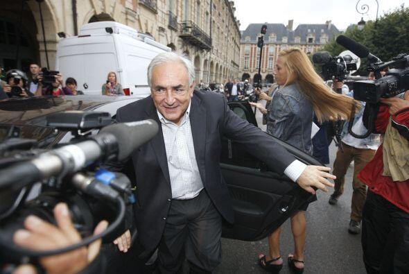 19 de diciembre de 2011: Strauss-Kahn regresa a la vida pública asistien...
