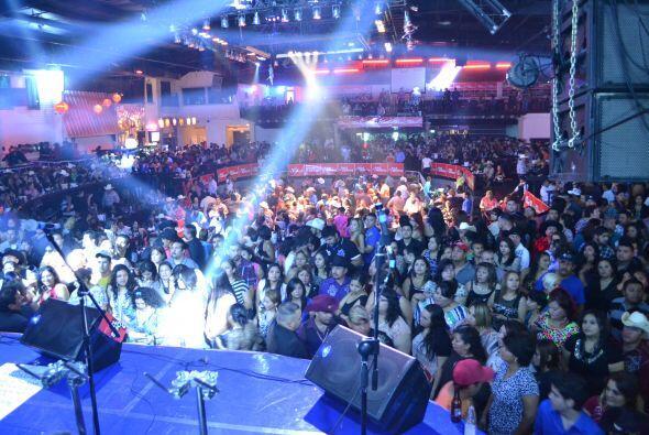 ¡Miles de personas se dieron cita en 'Gracias Valle'  y se divirti...