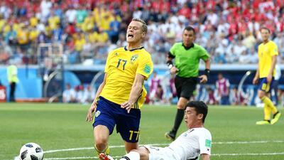 Otra para la controversia: la jugada del penalti y gol de Suecia en la que se usó el VAR