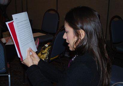 Leer en voz alta es una de las mejores técnicas que la maestra enseña a...