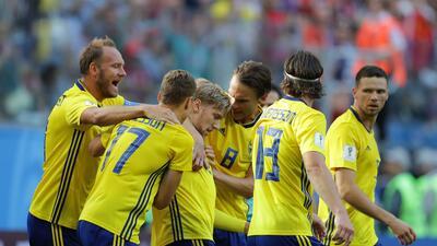 En fotos: Suecia pasó a cuartos de final tras vencer 1-0 a Suiza en octavos del Mundial
